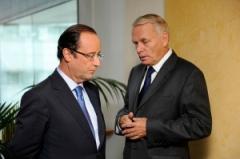 Il Presidente Hollande con il Primo ministro Ayrault (Fonte immagine: Flickr/jmayrault)