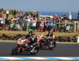 Le Aprilia festeggiano in Australia nel primo Gp dell'anno Superbike (fonte immagine: Aprilia Official Site)