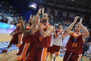 L'Acea Roma esulta dopo la vittoria contro Reggio Emilia in gara-5 (fonte immagine: virtusroma.it)