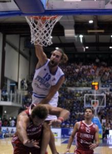 Datome in NBA dopo aver raggiunto la finale in Italia con Roma (fonte immagine: yostatus.com)