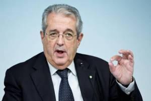 Def: Saccomanni, Ue valuta meccanismo deficit-occupazione