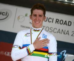 Il portoghese Rui Costa è il nuovo campione del mondo (fonte immagine: esciclismo.com)