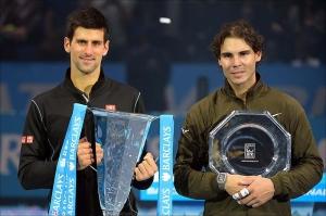 Djokovic e Nadal premiati alle ATP Finals 2013 (fonte immagine: tennis.it)