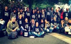 Una foto di gruppo durante il Biocidio Tour, il 9 e 10 novembre 2013