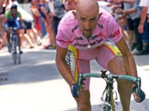 Marco-Pantani-in-gara
