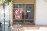 Kyrenia, Cipro nord, uno dei tanti negozi chiusi da anni | © Michele Cirillo