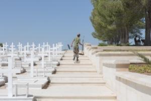 L'interno del cimitero militare Tymvos Macedonitissas di Nicosia | © Michele Cirillo