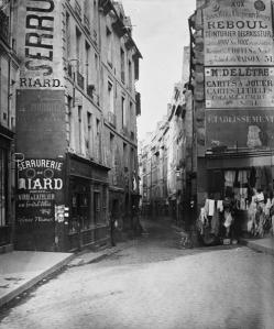 rue-de-malefices-01