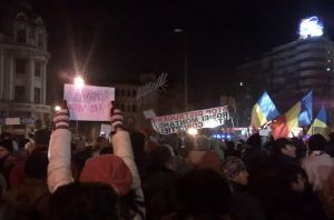 800px-2012-01-15-romanian-protests-in-bucgarest