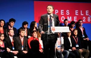 Matteo Renzi durante un convegno del Partito del Socialismo Europeo nel 2014 (fonte immagine: wikimedia.org)