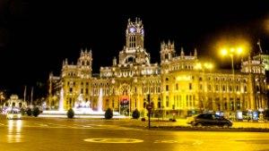 Plaza Cibeles - sede dell'amministazione comunale e luogo storico dove i tifosi del Real Madrid si riuniscono per festeggiare le vittorie