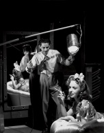 Scotty Welbourne e Ida Lupino negli studios della Warner Bros, Burbank, 1940 © John Kobal Foundation